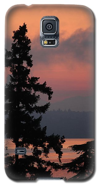 Galaxy S5 Case featuring the photograph Silhouette At Sunrise by E Faithe Lester
