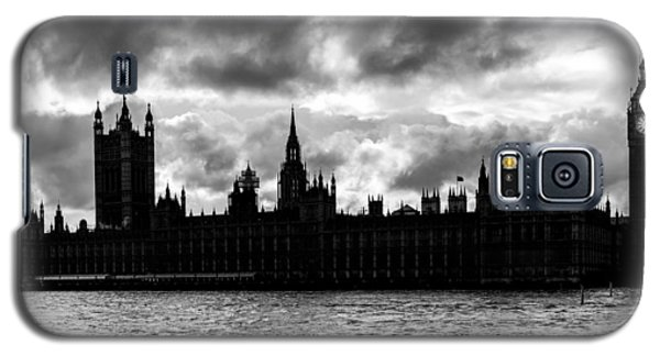 Silhouette Of  Palace Of Westminster And The Big Ben Galaxy S5 Case by Semmick Photo