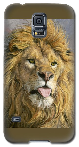 Lion Galaxy S5 Case - Silly Face by Lucie Bilodeau