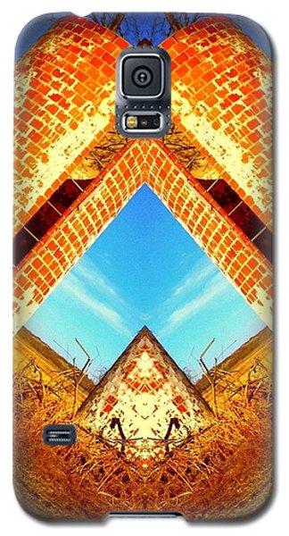 Silo Pyramid Galaxy S5 Case by Karen Newell