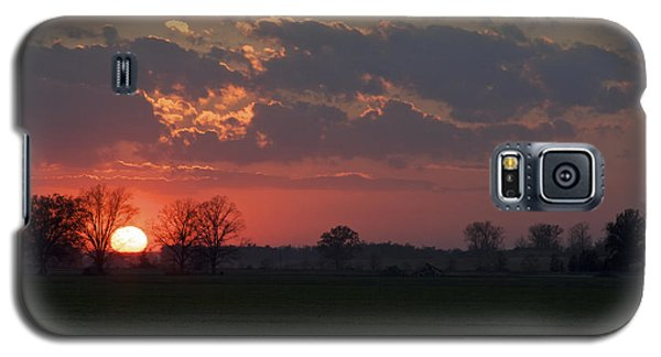 Galaxy S5 Case featuring the photograph Silver Lining - Red Sunset Art Print by Jane Eleanor Nicholas