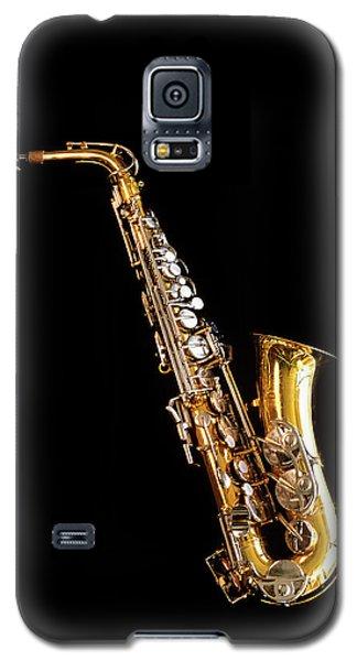 Single Saxophone Against Black Galaxy S5 Case