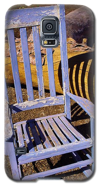 Galaxy S5 Case featuring the photograph Sit A Spell by David Rizzo