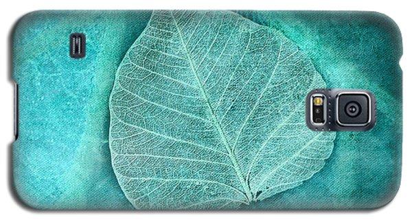 Skeletal Leaf Galaxy S5 Case