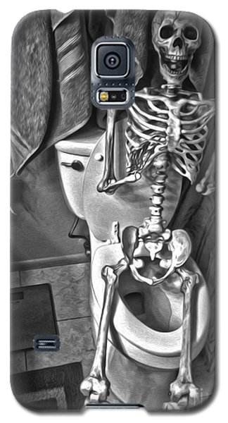 Skeleton On The Crapper Galaxy S5 Case
