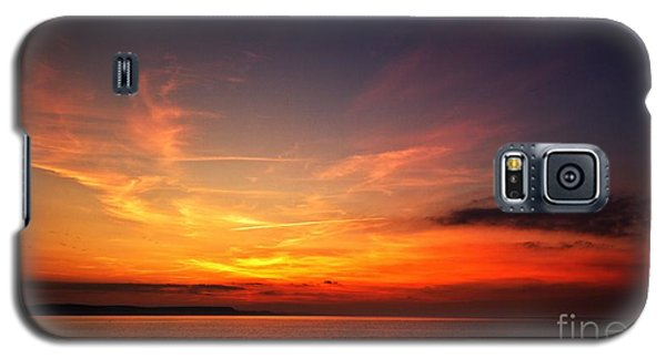 Galaxy S5 Case featuring the photograph Skies On Fire by Baggieoldboy