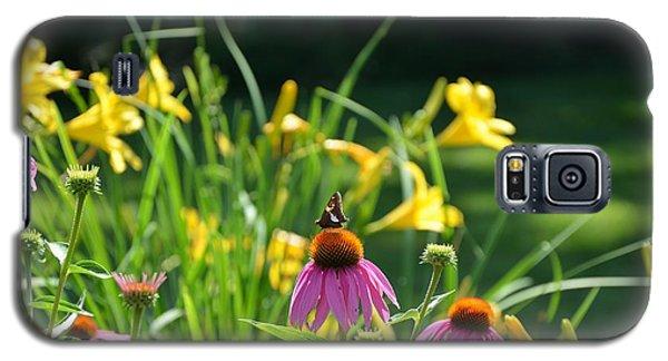 Skipper In The Flowers Galaxy S5 Case