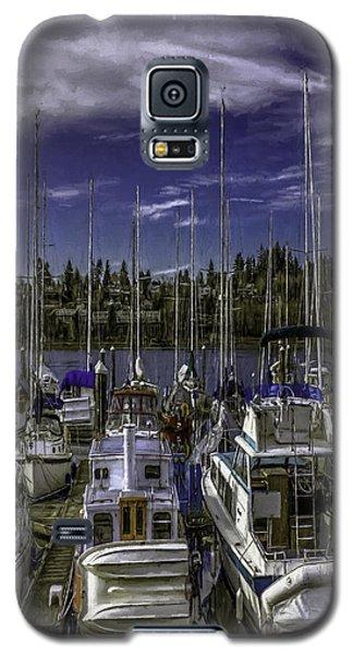 Galaxy S5 Case featuring the photograph Sky Embrace by Jean OKeeffe Macro Abundance Art