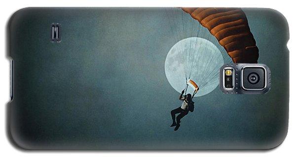 Skydiver's Moon Galaxy S5 Case