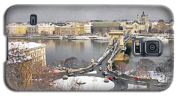skyline of Budapest with Danube river Hungary  Galaxy S5 Case
