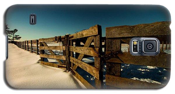 Galaxy S5 Case featuring the photograph Slate Run Gates by Haren Images- Kriss Haren