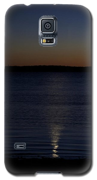 Galaxy S5 Case featuring the photograph Sliver - A Crescent Moon On The Lake by Jane Eleanor Nicholas