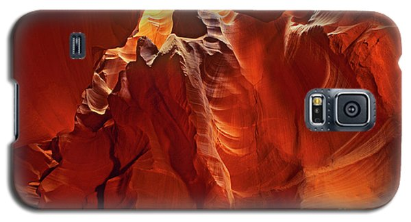 Galaxy S5 Case featuring the photograph Slot Canyon Formations In Upper Antelope Canyon Arizona by Dave Welling