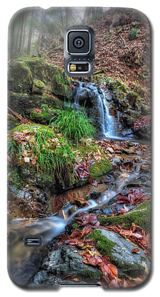 Galaxy S5 Case featuring the photograph Small Fog Waterfall by John Swartz
