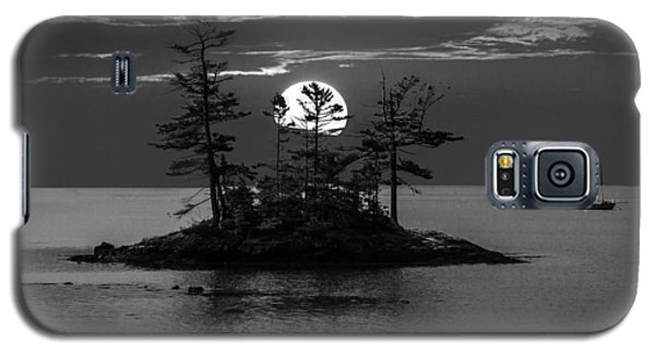 Small Island At Sunset In Black And White Galaxy S5 Case
