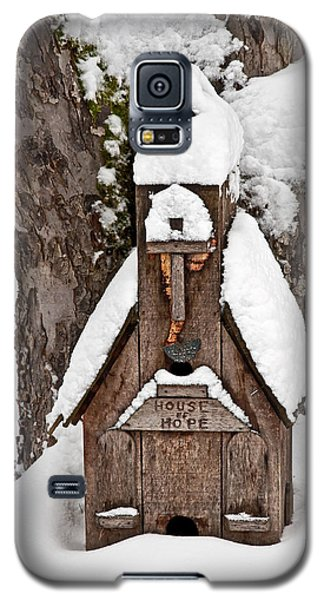 Small Wood Church House Of Hope In Snow Galaxy S5 Case