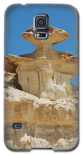 Galaxy S5 Case featuring the photograph Smiling Stone Man by Linda Prewer