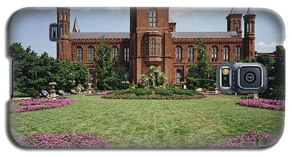 Smithsonian Institution Building Galaxy S5 Case by Rafael Macia