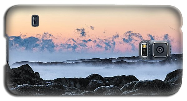 Smoke On The Water Galaxy S5 Case by Robert Clifford