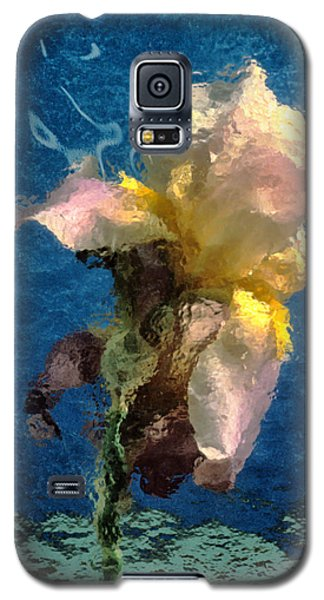 Galaxy S5 Case featuring the photograph Smoking Iris by Gary Slawsky