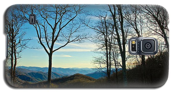 Galaxy S5 Case featuring the photograph Smoky Mountain Splendor by Dee Dee  Whittle