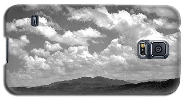 Smoky Peaks And Sky 2 Galaxy S5 Case