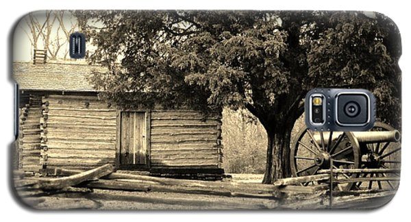 Snodgrass Cabin And Cannon Galaxy S5 Case by Daniel Thompson