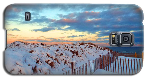 Snow Dunes At Sunrise Galaxy S5 Case