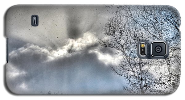 Galaxy S5 Case featuring the photograph Snow Rays by Craig T Burgwardt