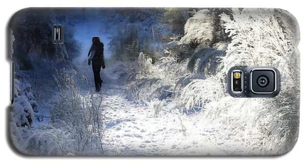 Snow Walking 2 Galaxy S5 Case