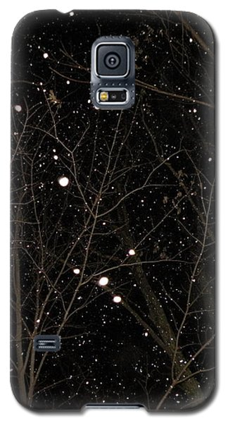 Galaxy S5 Case featuring the photograph Snowfall by Carlee Ojeda