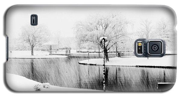 Snowy Day On Man Made Pond Galaxy S5 Case