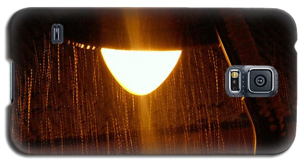 Galaxy S5 Case featuring the photograph Snowy Street Lamp by Ramona Matei