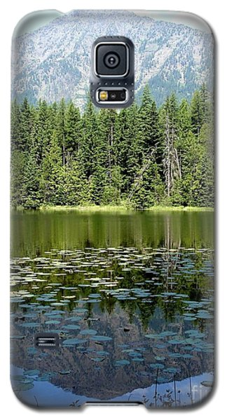 Galaxy S5 Case featuring the photograph Snyder Lake Reflection by Kerri Mortenson