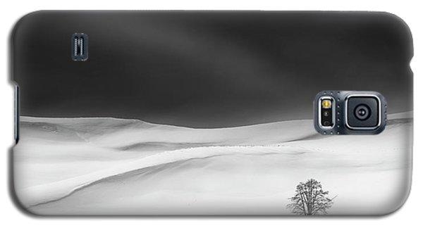 Cold Galaxy S5 Case - Solitude by Huibo Hou