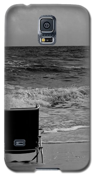 Galaxy S5 Case featuring the photograph Solitude by Tom DiFrancesca