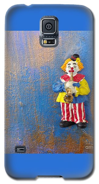 Galaxy S5 Case featuring the mixed media Solo Clown Musician by Margaret Harmon
