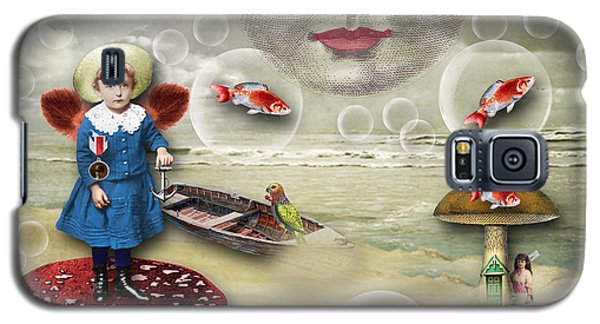 Something Fishy At The Shore Galaxy S5 Case by Bellesouth Studio