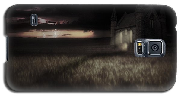Something Wicked - Lightning - Chapel - Gothic Galaxy S5 Case