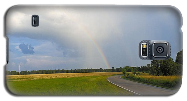 Somewhere Under The Rainbow Galaxy S5 Case by Nick Kirby