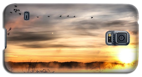 Galaxy S5 Case featuring the photograph South Carolina Morning by Lynne Jenkins