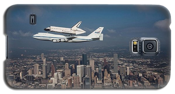 Space Shuttle Endeavour Over Houston Texas Galaxy S5 Case