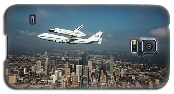 Space Shuttle Endeavour Piggyback Flight Galaxy S5 Case by Nasa/sheri Locke
