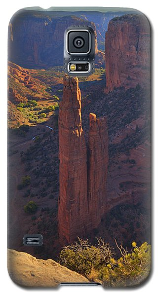 Galaxy S5 Case featuring the photograph Spider Rock by Alan Vance Ley