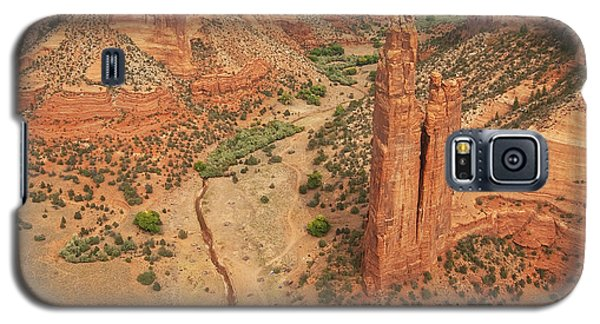 Galaxy S5 Case featuring the photograph Spider Rock by Bob and Nancy Kendrick