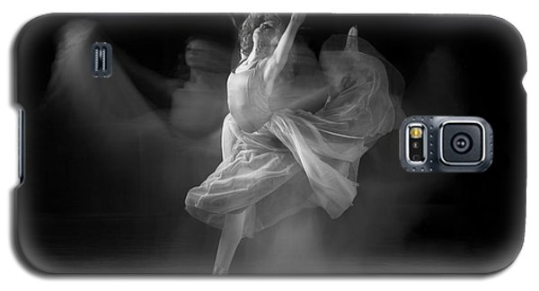 Spirit Dance In Black And White Galaxy S5 Case