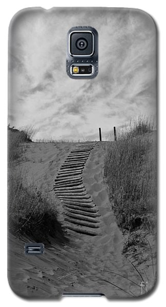 Galaxy S5 Case featuring the photograph Spirit Sands by Cendrine Marrouat