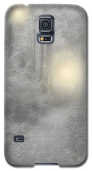 Galaxy S5 Case featuring the photograph Spirits Of Avalon by Roxy Riou