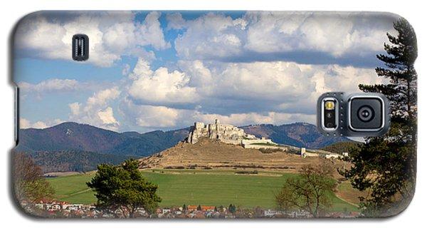 Galaxy S5 Case featuring the photograph Spissky Hrad - Castle by Les Palenik