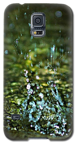 Galaxy S5 Case featuring the photograph Splash by Michaela Preston